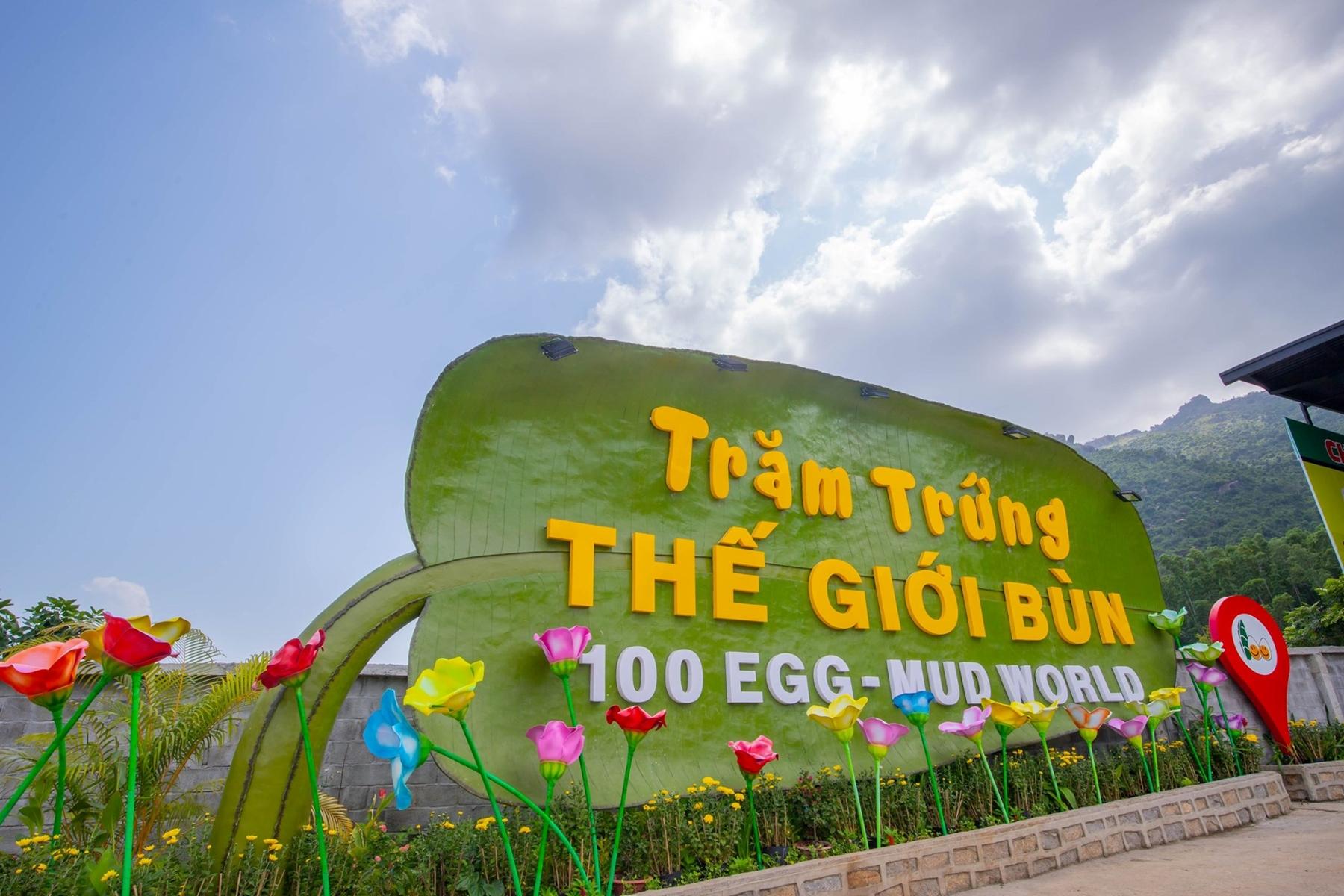 Khu du lịch trăm trứng