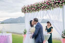 Đám cưới trên bãi biển - 16