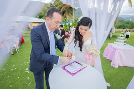 Đám cưới trên bãi biển - 17