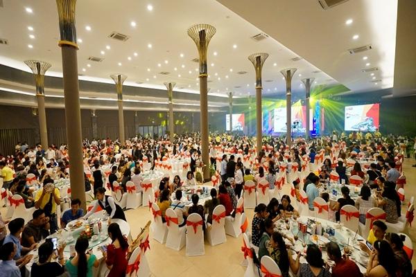 Anh Hong Food  - Banquet set up at Rosy Hall - 720 pax - Diamond Bay Resort & Spa 2019